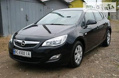 Opel Astra J 2010 в Дрогобыче