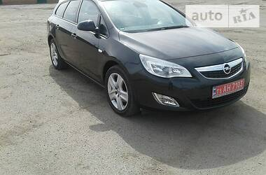 Opel Astra J 2012 в Запорожье