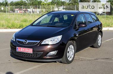 Opel Astra J 2012 в Кривом Роге
