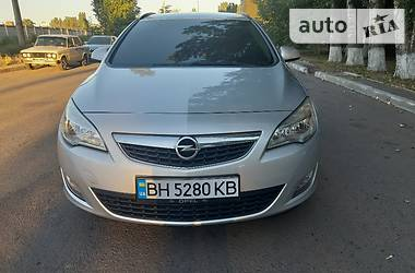 Opel Astra J 2011 в Одессе