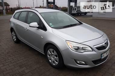 Opel Astra J 2012 в Владимир-Волынском