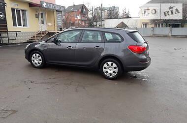 Универсал Opel Astra J 2012 в Тернополе