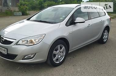 Универсал Opel Astra J 2011 в Стрые