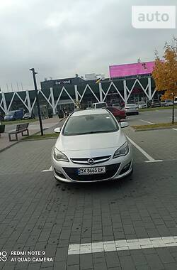 Унiверсал Opel Astra J 2015 в Хмельницькому