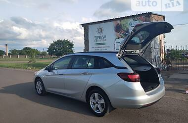 Унiверсал Opel Astra K 2016 в Херсоні
