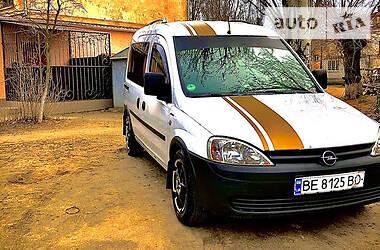 Opel Combo пасс. 2004 в Николаеве