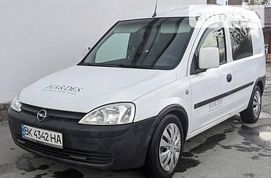 Opel Combo пасс. 2005 в Кореці