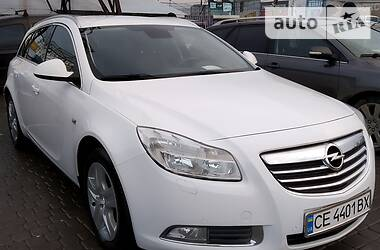 Opel Insignia Sports Tourer 2012 в Черновцах