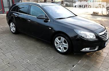 Opel Insignia Sports Tourer 2010 в Бережанах