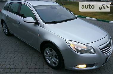 Opel Insignia 2010 в Бродах