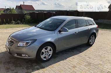 Opel Insignia 2012 в Новояворовске