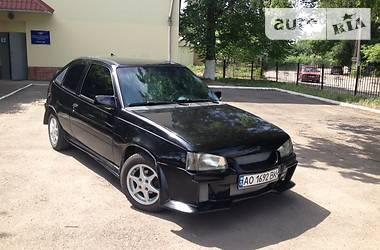 Opel Kadett 1990 в Ужгороде