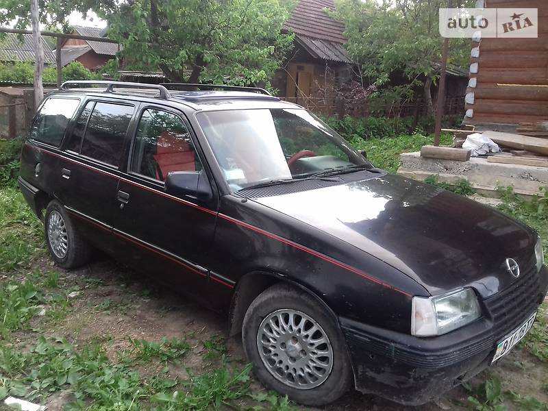 Opel Kadett 1986 в Бориславе