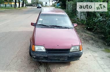 Opel Kadett 1987 в Черняхове