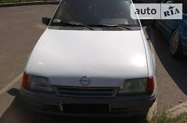 Opel Kadett 1989 в Киеве