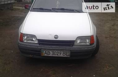 Opel Kadett 1986 в Новограде-Волынском