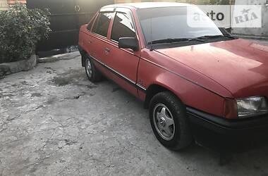 Opel Kadett 1986 в Дніпрі