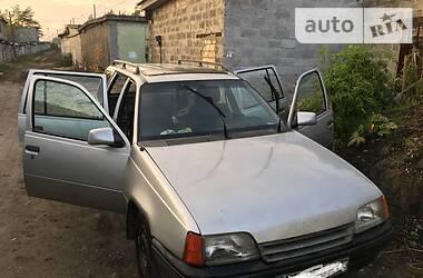 Opel Kadett 1988 в Киеве