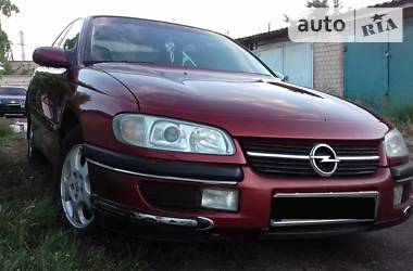 Opel Omega 1998 в Херсоне