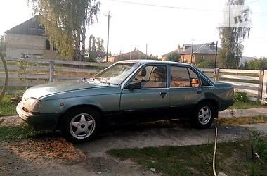 Opel Rekord 1986 в Радомышле