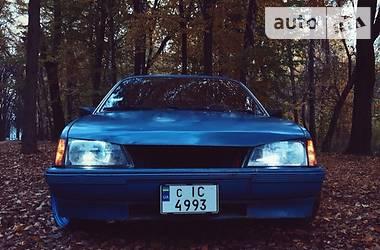 Opel Rekord 1982 в Черновцах