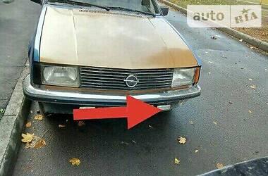 Opel Rekord 1982 в Харькове