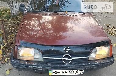 Opel Rekord 1987 в Очакове