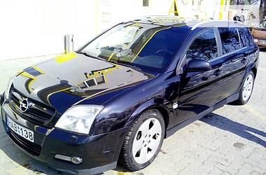 Opel Signum 2003