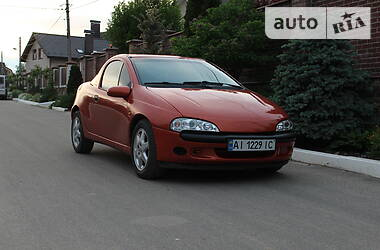 Хэтчбек Opel Tigra 1995 в Киеве