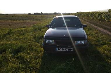 Opel Vectra A 1993 в Луцке