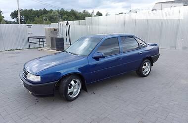 Унiверсал Opel Vectra A 1991 в Надвірній