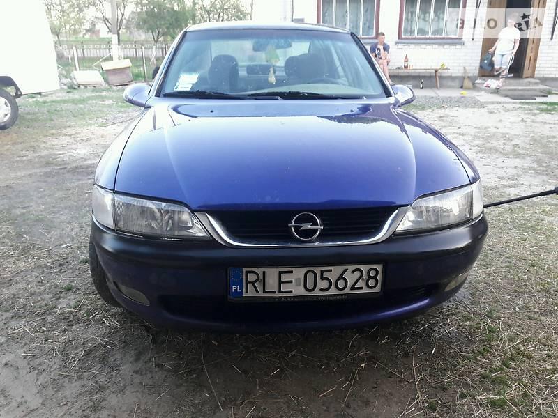 Opel Vectra B 1996 в Киверцах