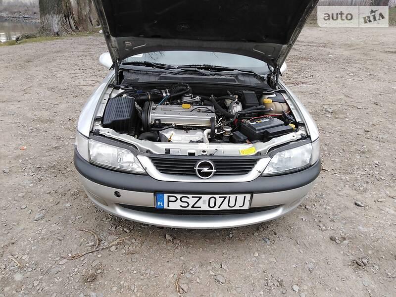 Opel Vectra B 1996 в Каменке-Днепровской