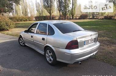 Opel Vectra B 2001 в Каневе