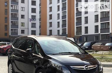 Opel Zafira Tourer 2013 в Ивано-Франковске