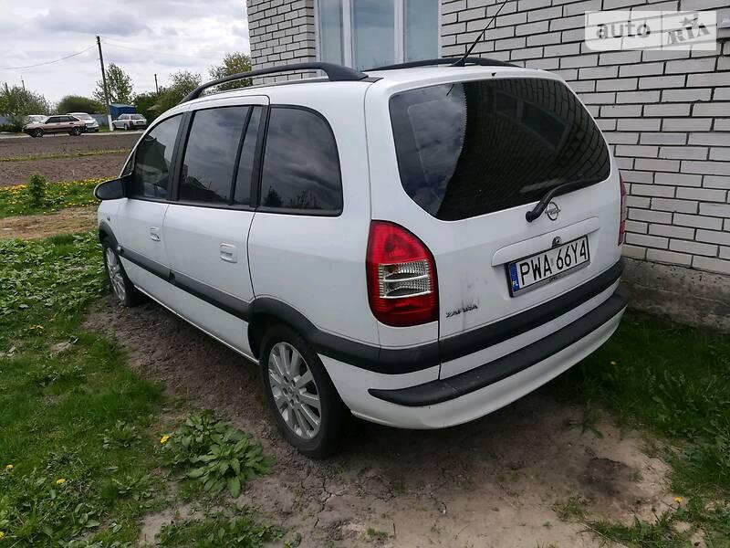 Opel Zafira 2003 в Ратным