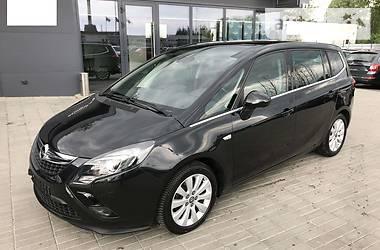 Opel Zafira 2014 в Киеве
