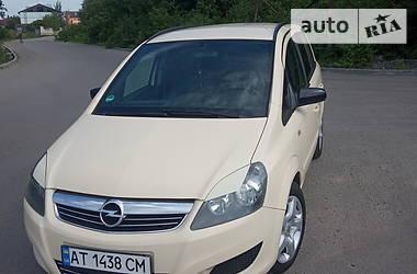 Opel Zafira 2012 в Ивано-Франковске