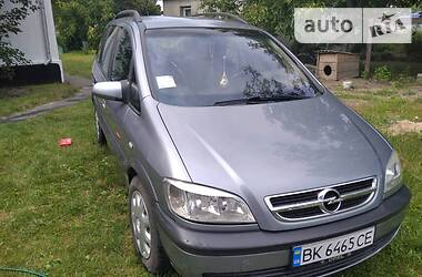 Opel Zafira 2003 в Радивилове
