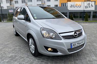 Минивэн Opel Zafira 2010 в Виннице