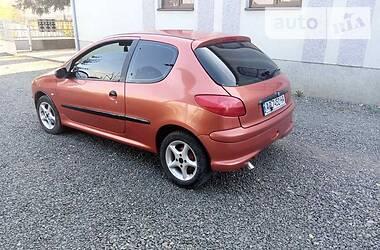 Хэтчбек Peugeot 206 1998 в Виноградове