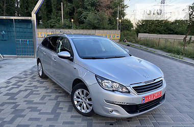 Универсал Peugeot 308 2015 в Днепре