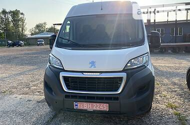 Микроавтобус грузовой (до 3,5т) Peugeot Boxer груз. 2017 в Нововолынске