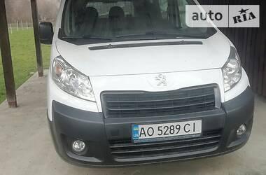Минивэн Peugeot Expert груз.-пасс. 2015 в Ужгороде