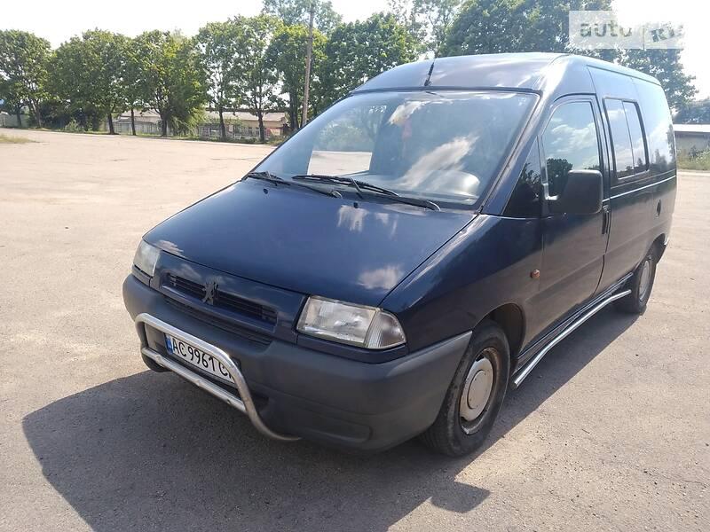 Peugeot Expert пасс. 1998 в Нововолынске