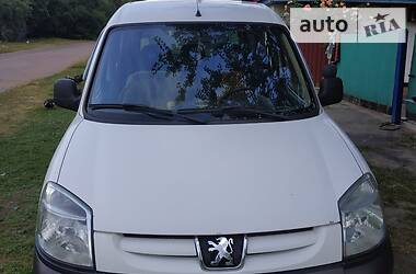 Peugeot Partner пасс. 2005 в Коростене