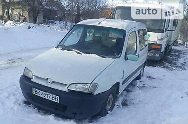Peugeot Partner пасс. 1999 в Рівному