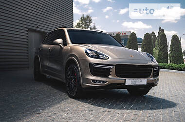 Porsche Cayenne 2015 в Харькове