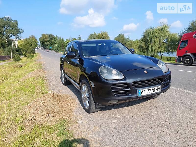 Позашляховик / Кросовер Porsche Cayenne 2004 в Івано-Франківську