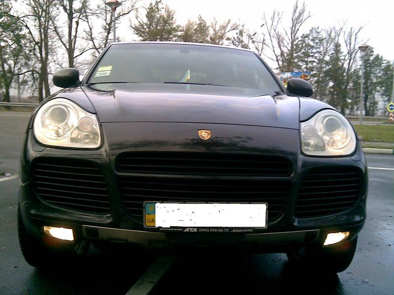 Porsche Cayenne 2004 года в Киеве